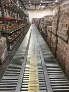 conveyor belt- e-commerce fulfillment