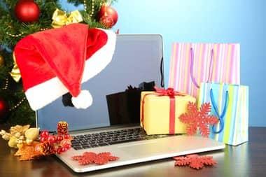 holidayecommerce_160880582-thumb-380xauto-2618